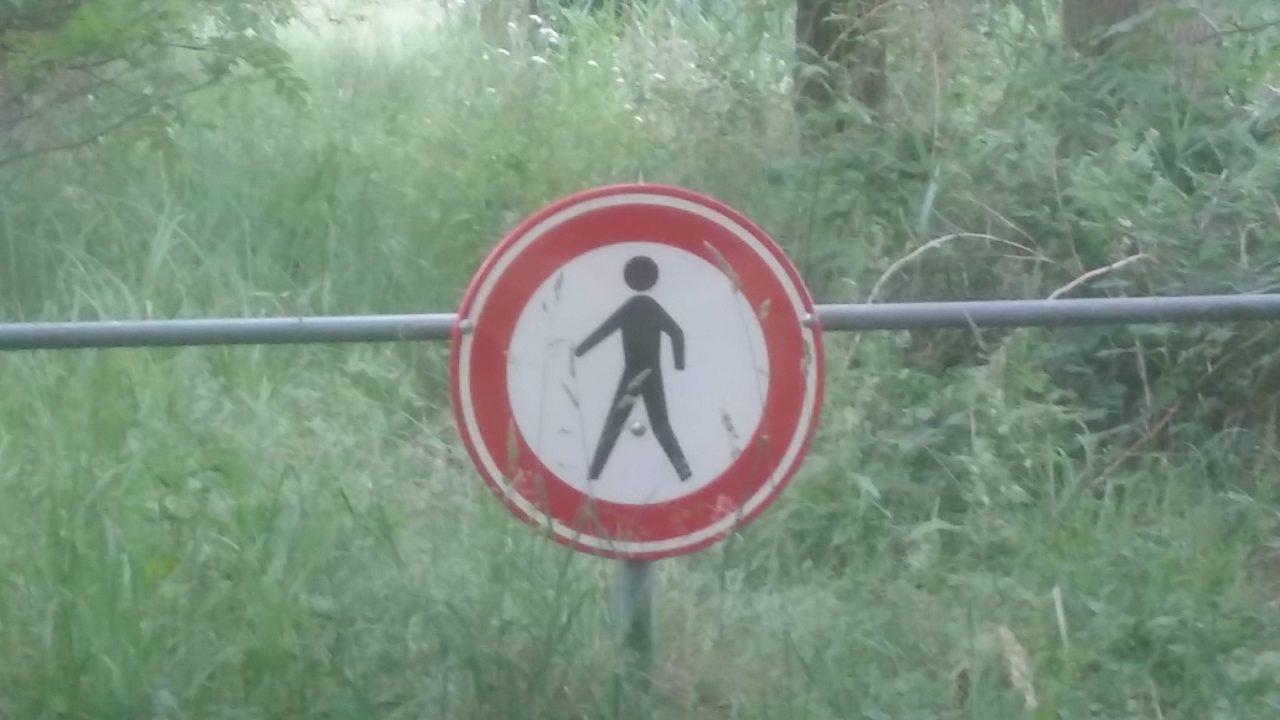 Verboden te wandelen.